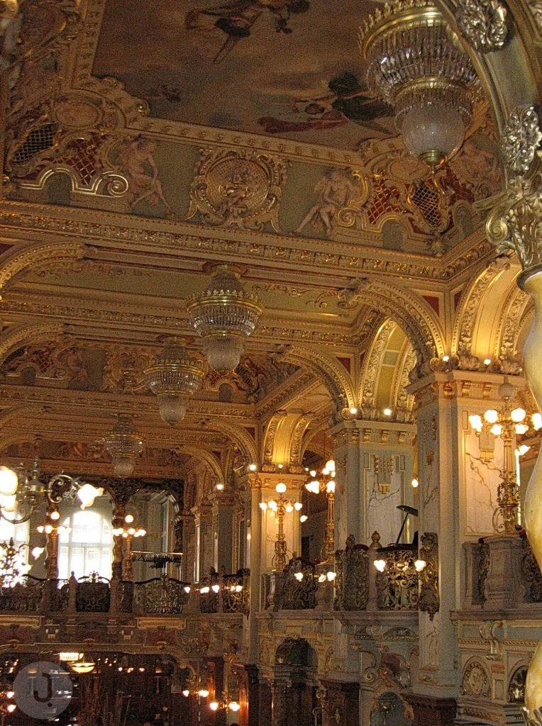 New York Palace Café